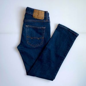 American Eagle Outfitters AEO Slim Straight Dark Wash Jeans Size 29
